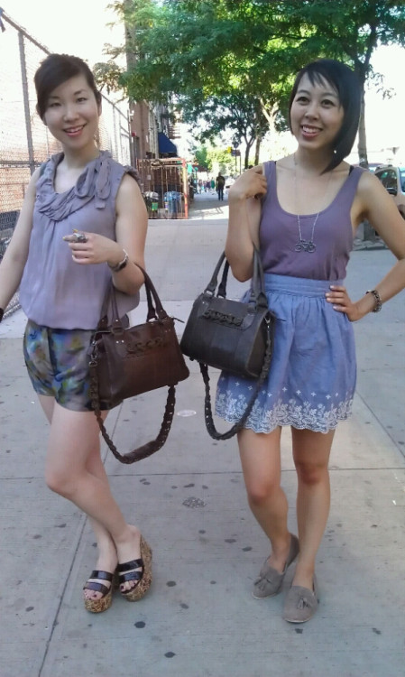 Erin and Lani of Sugar Rock Catwalk take their Small Lulu Totes out shopping this weekend!  We love it! (via @SugrRockCatwalk Twitpic)