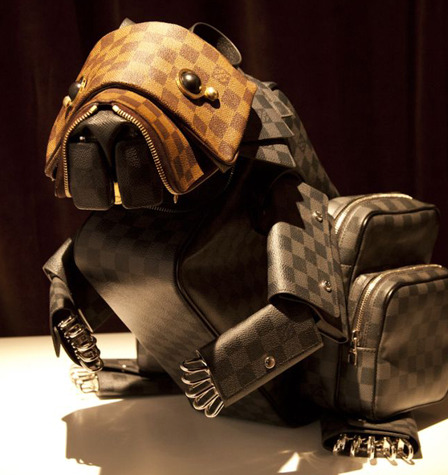 fashionninag:  Louis Vuitton - Billie Achilleos' bag animals