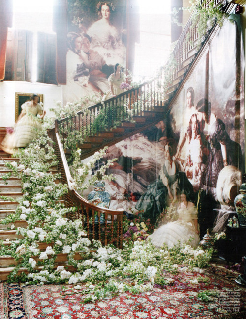 Tim Walker for W magazine (Source: souvenirsofagirl.blogspot.com)