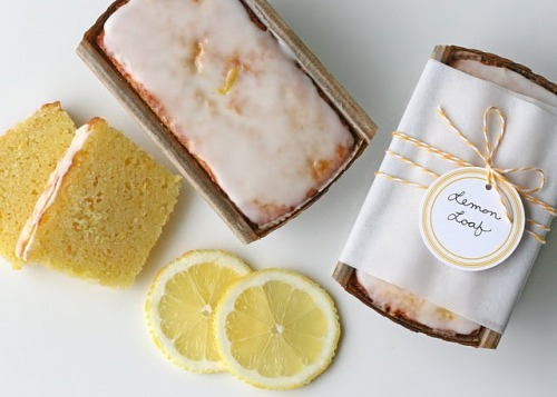 ohmydarlingblog:  Lemon Loaf (and pretty packaging). Recipe here.