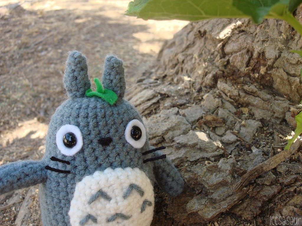 Your Friendly Neighbor Spirit The latest custom hand-stitched amigurumi doll from FOMA (a.k.a. Leesasaur) is Totoro. You can buy the keeper of the forest or any of her various amigurumi HERE.