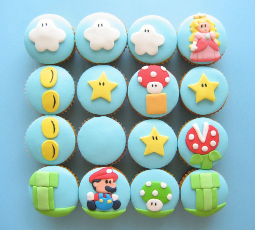 Oh my gosh! These are so cute!   Super Mario Cupcakes - by Hello Naomi Website || Blog || Flickr