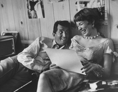 finestrasulcortile:  Dean Martin and Shirley MacLaine
