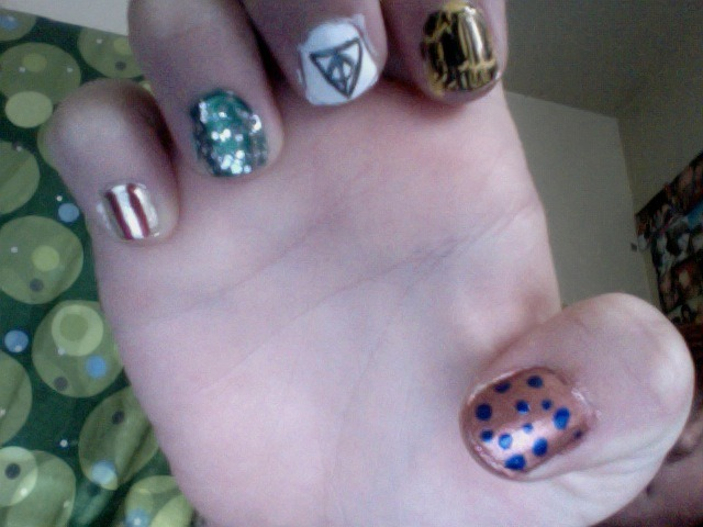 My Harry Potter house inspired nail polish. Hellllllll yeah.