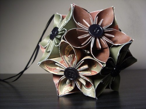 Green Patterned Origami Kusudama Flower Ball @ PaperShell