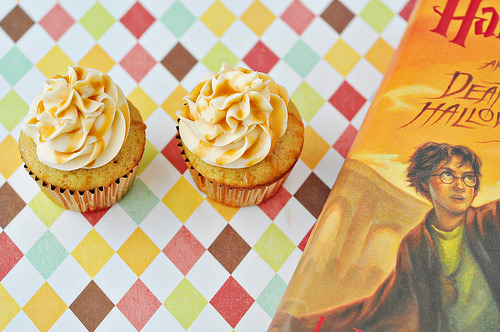 kitchenelves:  Butterbeer Cupcakes