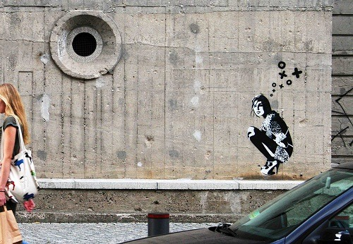 Street art in Berlin, Germany. By XOOOOX.