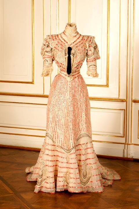 Another dress belonging to the Empress.