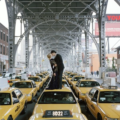 colourbomb:  Edythe and Andrew Kissing on Top of Taxis, New York, NY, 2008 Rodney Smith HAHA… THIS IS SWEEEETTT!!!