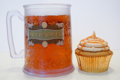 world-shaker:  Yeah, so here's this recipe for Butterbeer Cupcakes. You are welcome to thank me by making one for me. Because that would be awesome. (via Sunday Sweets: Butterbeer Cupcakes » amyBITES)