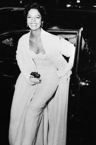 dorothydandridge:  Best Actress nominee Dorothy Dandridge arriving at the March 1955 Academy Awards ceremony. Although Grace Kelly took home the golden statue, it was a historic night for Ms. Dandridge as she was the first black actress to ever be nominated in the category of Best Actress.