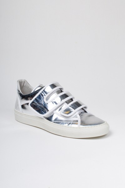 I've always wanted a pair of silver sneakers. very J. Spaceman.