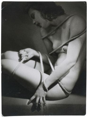 Photo by Atelier Manasse, 1933.