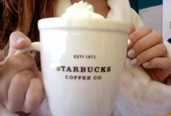 craized:  craving starbucks waaaaahh