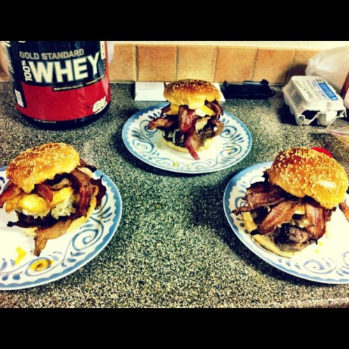 capnjackk: Just participating in #epicmealtime. A burger which includes garlic buns, burger, hashbrowns, egg, bacon, brisket, bacon. I know you're hungry. #food #burgers #dinner #lol #delicious #bacon (Taken with instagram)