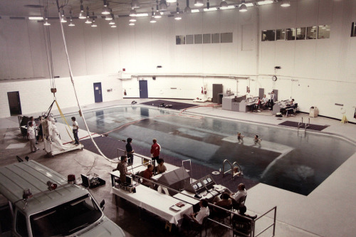 The first microgravity training pool at NASA's Neutral Buoyancy Laboratory (edit: its name was different at that time), Johnson Space Center, Houston, c1970.  via NBL