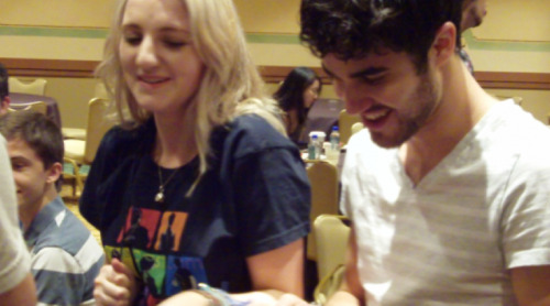 cracktastic:  Evanna Lynch and Darren Criss at LeakyCon! (x)