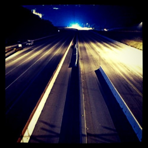 abcworldnews:  An entirely empty 405 freeway – not something you see every day.  Find out how Carmaggedon is treating the people of LA tonight on World News. (Taken with instagram)  Cool , kind of eerie