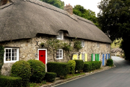 More cottages to drool over.