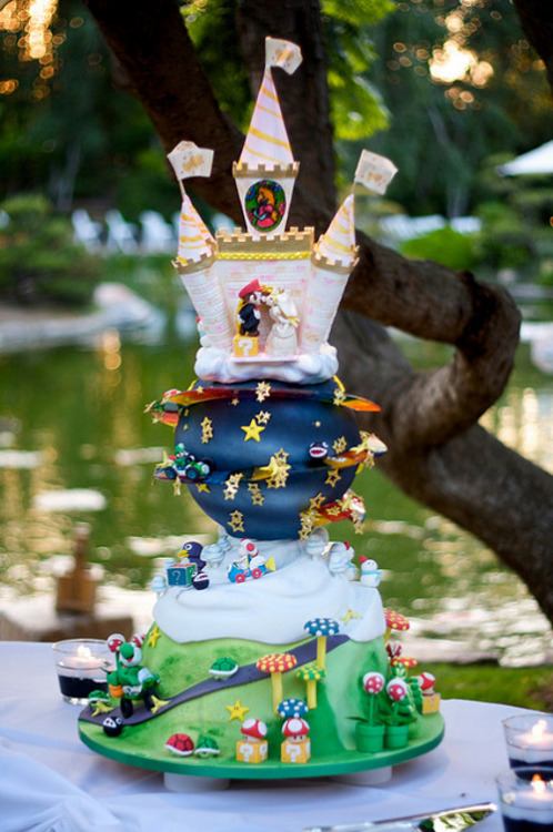 together-at-heart:  Found our wedding cake.