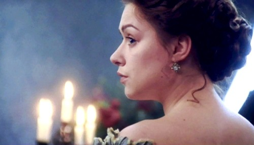 lovelytobealady:  Fancy dresses and candlelight… North & South, BBC
