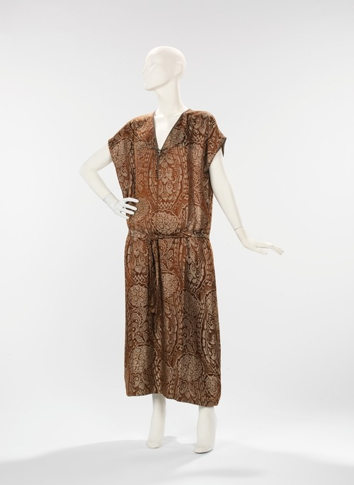 Vitaldi Babani dress ca. 1920 via The Costume Institute of the Metropolitan Museum of Art