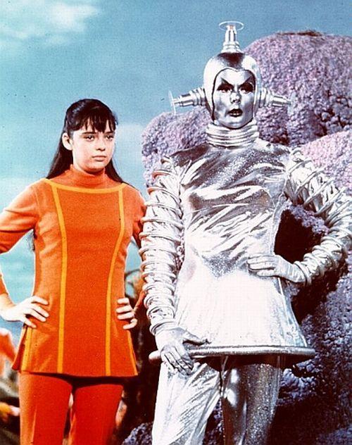 ohmygothz:  Lost in Space girls