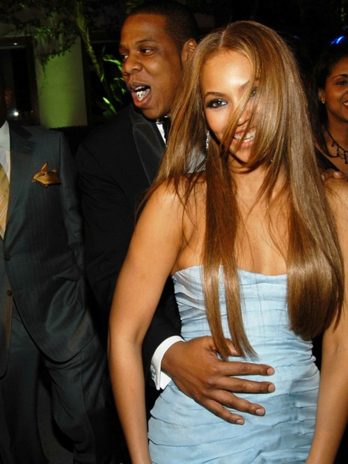 i will never get tired of jay and bey photos.