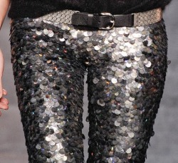 monsieur-j:  Isabel Marant Fall 2010 Sequin Legging Details