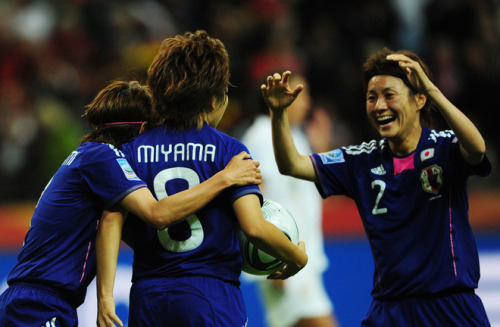 Japan's midfielder Aya Miyama (C) celebrates scoring with her teamates during the FIFA Women's Football World Cup Final (via World Soccer - Photo Gallery - Yahoo! Sports)