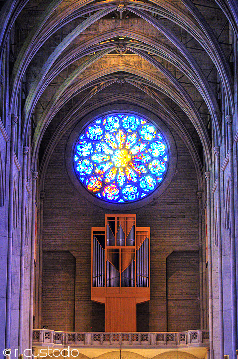 Rose WindowGrace Cathedral - San Francisco, CA This 25-ft work of faceted glass symbolizes the themes of the Canticle of the Sun, a famous devotional poem written by St. Francis of Assisi.