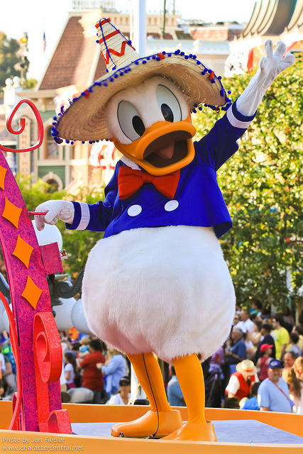 Disneyland June 2011 - Mickey's Soundsational Parade by PeterPanFan on Flickr.