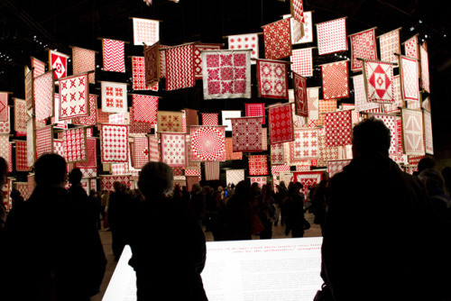This was an amazing exhibit of red and white quilts owned by Joanna Rose, a collector of over 1000 quilts (of which 650 were on  display). It was on display in NYC for 6 days in April 2011. From the pictures in the article they were beautifully displayed.