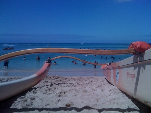 Where I was earlier today and wish I still was right now. Waikiki Beach Boys Regatta, July 2011.