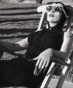 theniftyfifties:  Vampira soaking up some sun, 1955.