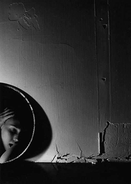 regardintemporel:  Marlo Broekmans - The Mirror, 1980s