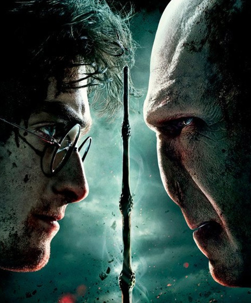 Harry Potter casts his final spell over the US box office Harry Potter went out with a bang this weekend – the boy wizard's last ever movie outing smashed box office records as the film rolled out worldwide.Stateside, Harry Potter And The Deathly Hallows Part 2 earned a staggering $168m in its first weekend.With that much cash being thrown at it, the final Harry Potter film even managed to top The Dark Knight's opening weekend record of $158m, creating a new record for the highest ever US opening weekend. Yes, ever.Internationally, Deathly Hallows Part 2 took a further $75m, meaning its total global earnings are actually a Gringotts-busting $250m.
