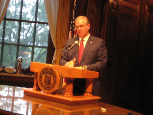 "The Associated Press' Monday analysis focuses on Gov. Jay Nixon's decision to stick to the political middle in this year's bill signing process:  A year out from his re-election campaign, Nixon has just completed an annual bill signing season in which he managed to appeal to fellow Democrats by vetoing several politically charged bills while simultaneously appeasing Republicans by allowing legislation on several of their hot-button issues to become law. ""He's positioned himself pretty well in the middle of the political spectrum,"" said Peverill Squire, a political science professor at the University of Missouri-Columbia. The Republican-led Legislature sent Nixon nearly 150 bills this year. He vetoed 14, allowed three to become law without his signature and signed the rest by last week's deadline.  Read the rest of the AP's analysis here."