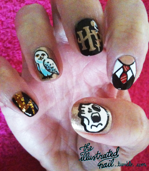 @_lynnie_ Harry Potter and The Illustrated Nail…