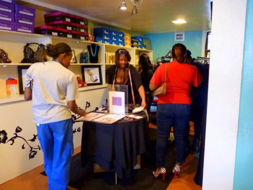 Me working hard at my first Sample Sale at Strictly Savvy Boutique!!! :)