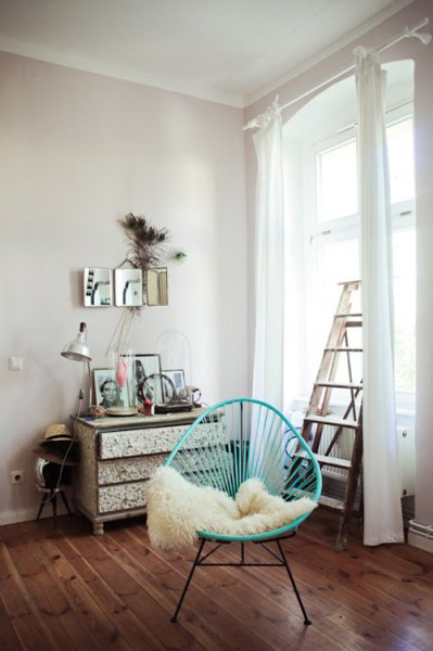 micasaessucasa:  (via acapulco chair | the style files)