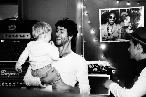 Sorry, obligatory hot men with babies post…. xxbeautifulworldxx:  This is just adorable <3