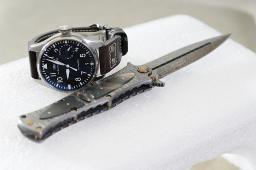 One of the few big watches that I actually like. The IWC IW5004 Big Pilot's watch.