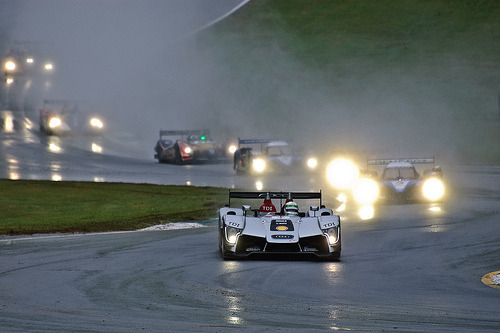 Peugeot on my back Starring: Audi R15 TDI & Peugeot 908 HDi FAP (by Old Boone)