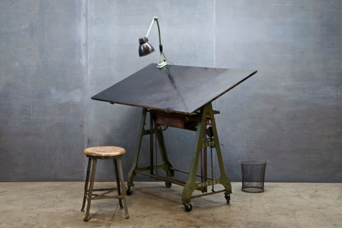theprocrastinatingdesigner:  prate: 1930s German Design Drafting Table : Modern 50