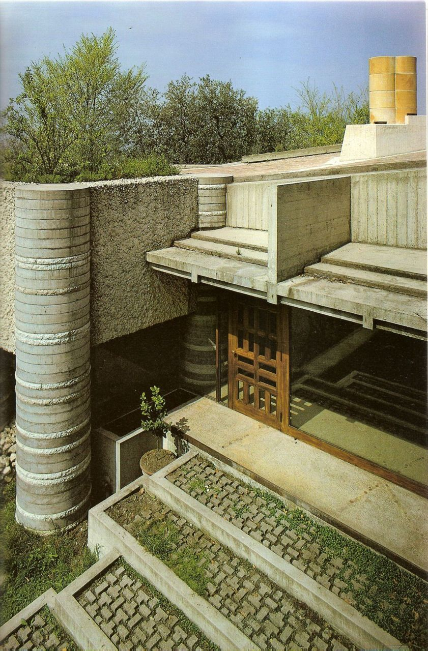 I can't even describe how much I love Carlo Scarpa.  Something about the organic but studied use of geometry, material juxtapositions and the detail and texture of his work.  This photo pretty much explains it.  ainfantek:  Carlo Scarpa
