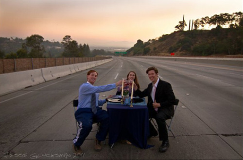 "laughingsquid:  How 4 People Dined on the Closed 405 Freeway  This story would be a lot sadder/Darwiny if they took out a single ""n."""