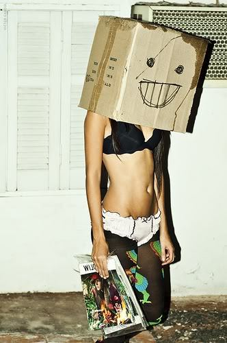 who knew anyone would look this good with a box over her head..? :)