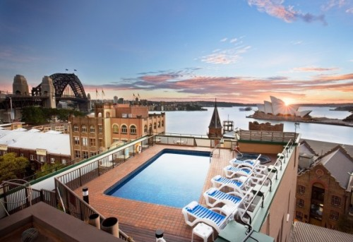 Luxurious rooftop pool in Sydney, Australia (via 21 of the world's sexiest rooftop pools | Matador Network)