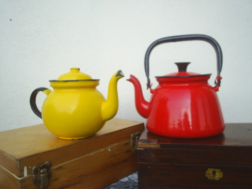 Red Kettle and  Yellow Pot.